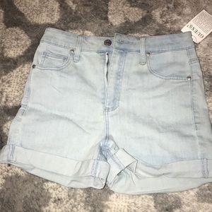 NWT Guess jean shorts
